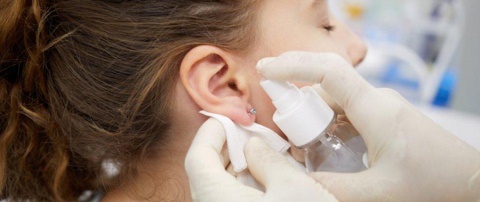 pikkelysömör a fülben, a fül fáj