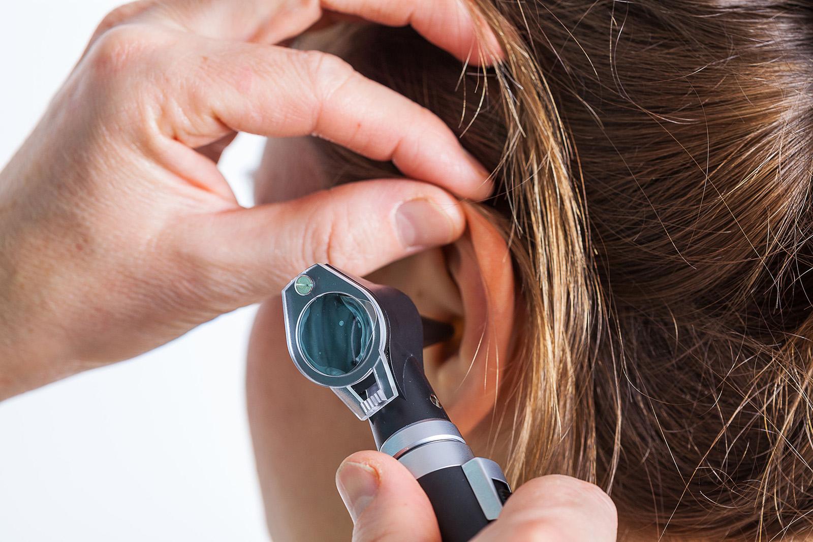 pikkelysömör a fülben fotókezelés pszoriázis kezelése mezoterápiával