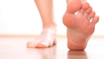 pikkelysömör a lábakon hogyan lehet eltávolítani