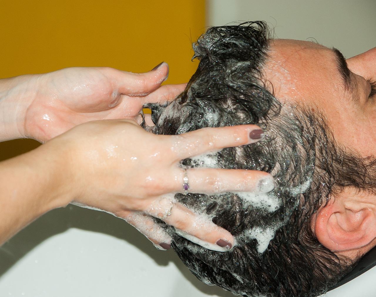 otthoni pikkelysömör kezelése a fejben