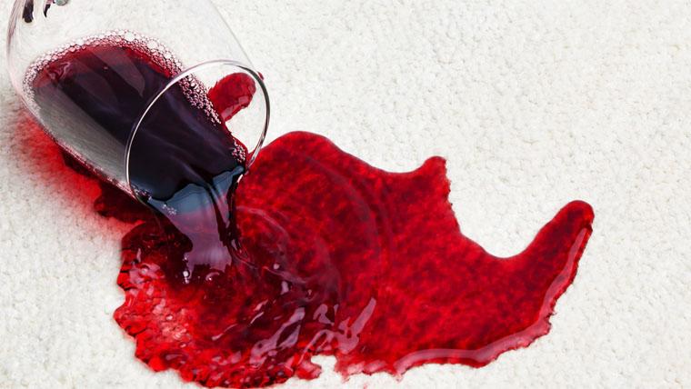 hogyan lehet eltávolítani egy vörös foltot a sebből